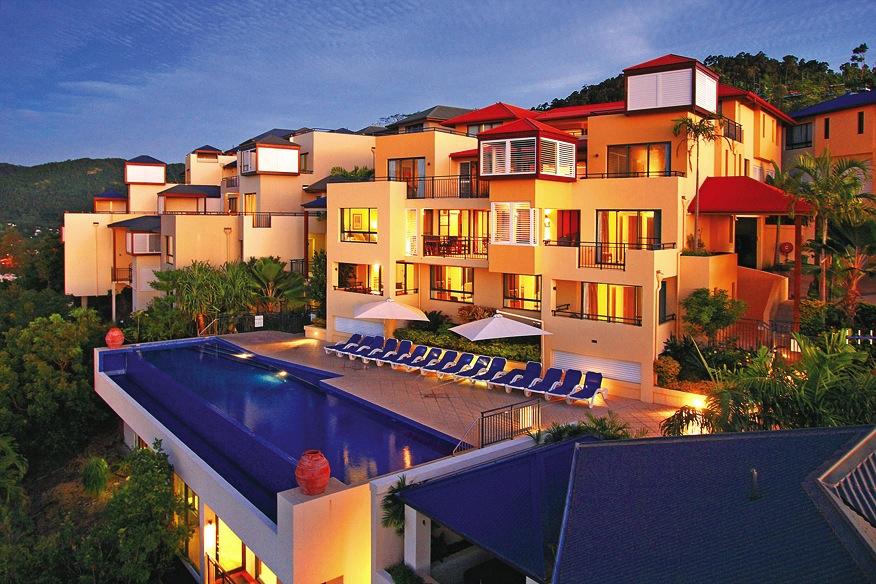 Pinnacles Resort and Spa by night.