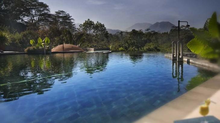 Losari's pool
