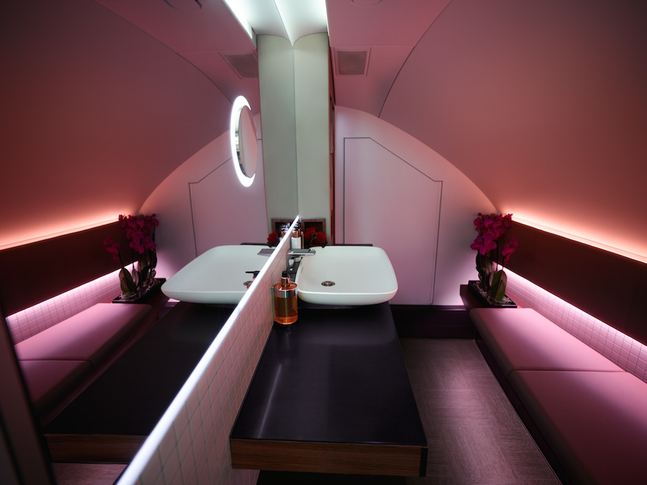 Qatar's new A380 first-class bathroom.