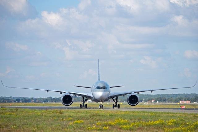 Qatar's A350 XWB will service all three daily flights to Singapore.