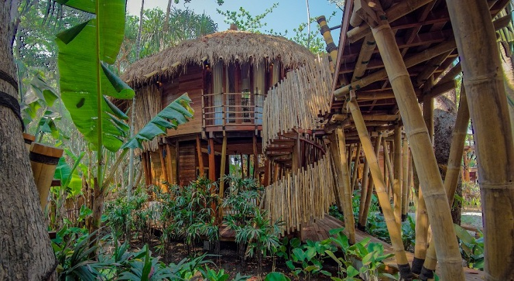 The eco-friendly Mamole villas were built without the use of cement or bricks.