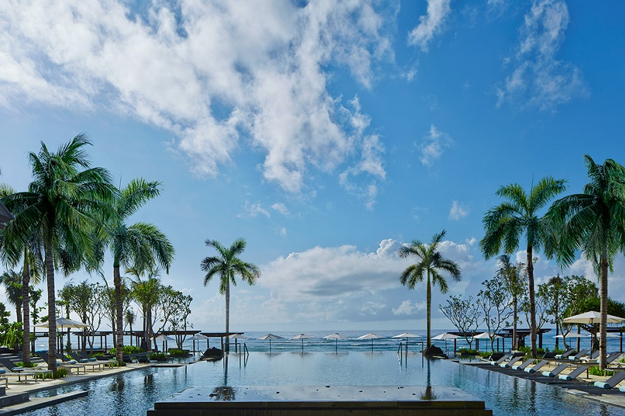 Swim the pool at Ritz Carlton Bali and get a breathtaking view of the Indian Ocean.