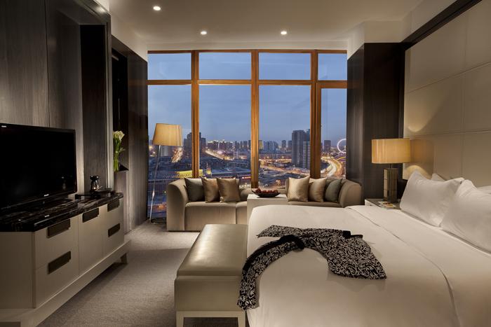 Bedroom in Riverside Suite.
