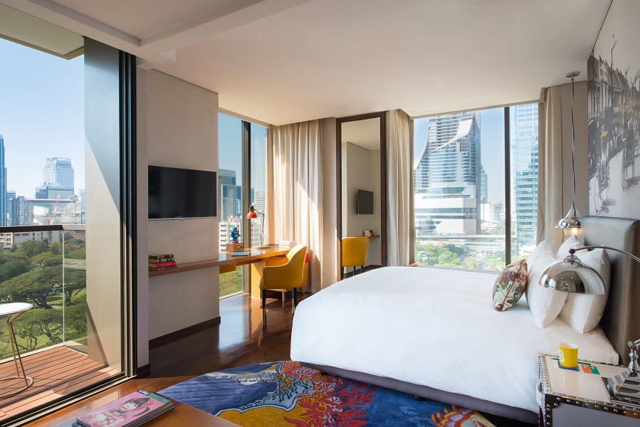 Deluxe Rooms feature cozy, artful interiors and spa-inspired bathrooms.