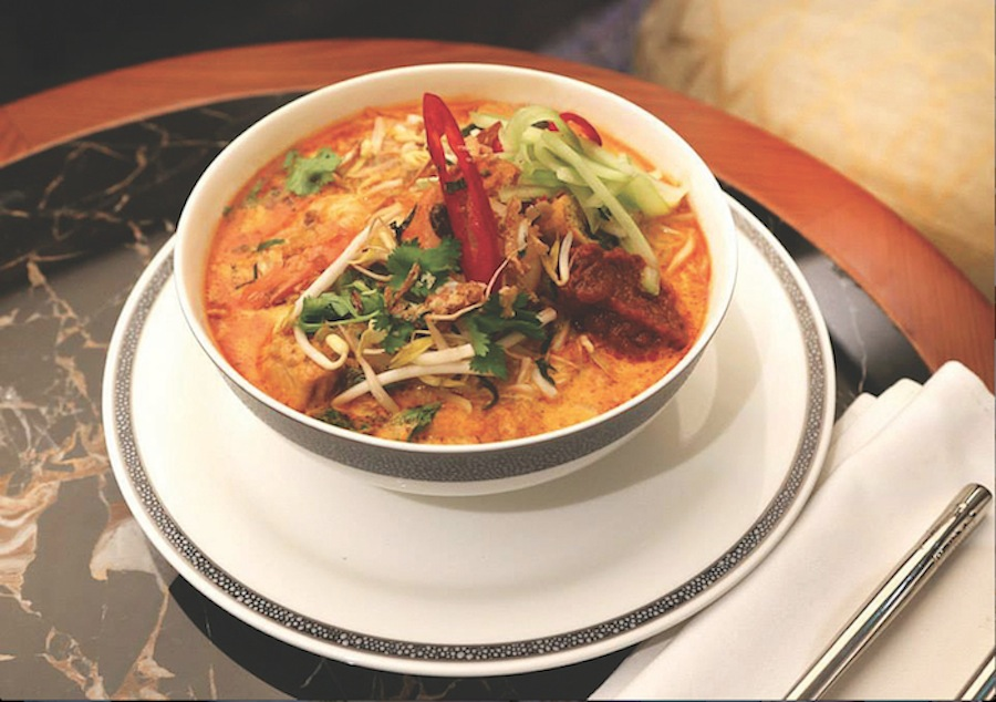 Singaporean favorites like laksa and mie siam are on offer.