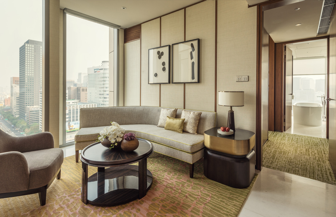Relaxed glamor at Four Seasons Hotel Seoul.