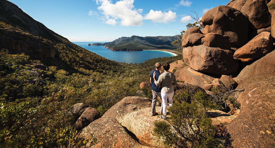 Enjoy coastal walks with Saffire Freycinet.