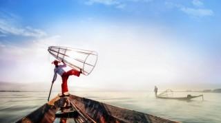 Intha Fishermen in Inle Lake,Myanmar