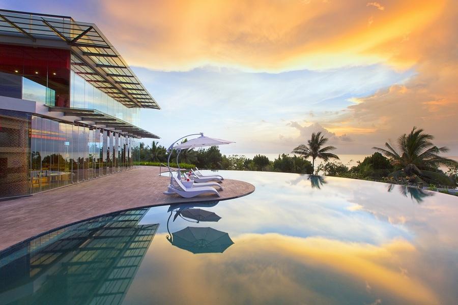The resort's infinity pool.