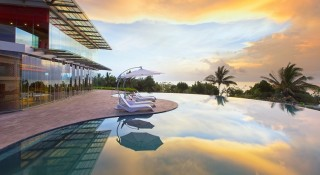 The infinity pool at Sheraton during sunset.