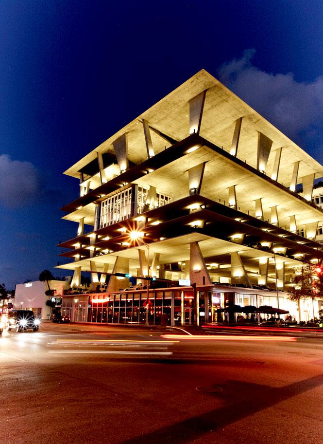 Herzog & de Meuron's modernist parking garage, 1111 Lincoln Road.