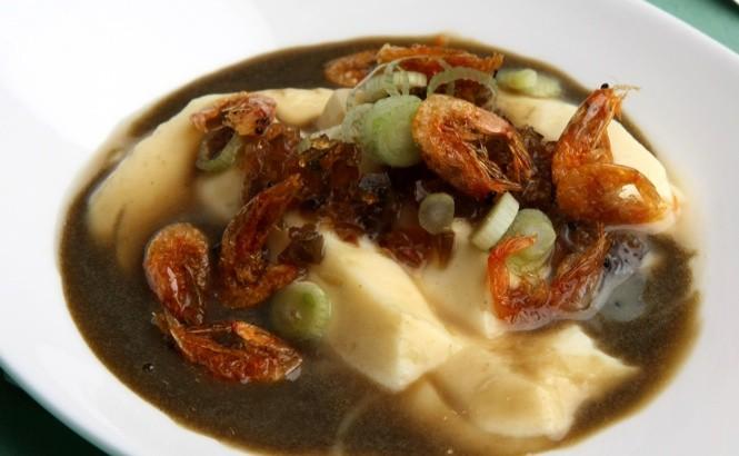 Singapore restaurants Pavillion chilled homemade bean curd