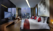 Sofitel So Bangkok - Wood Element Room