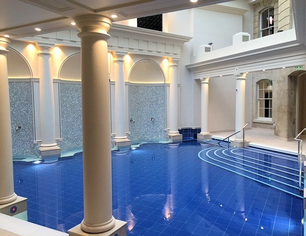 The spa pipes in bubbling thermal waters from its private reserves at a temperature of 47 degrees centigrade.