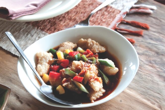 Local fish and garden vegetables at the Gardenia Restaurant in Tomohon.