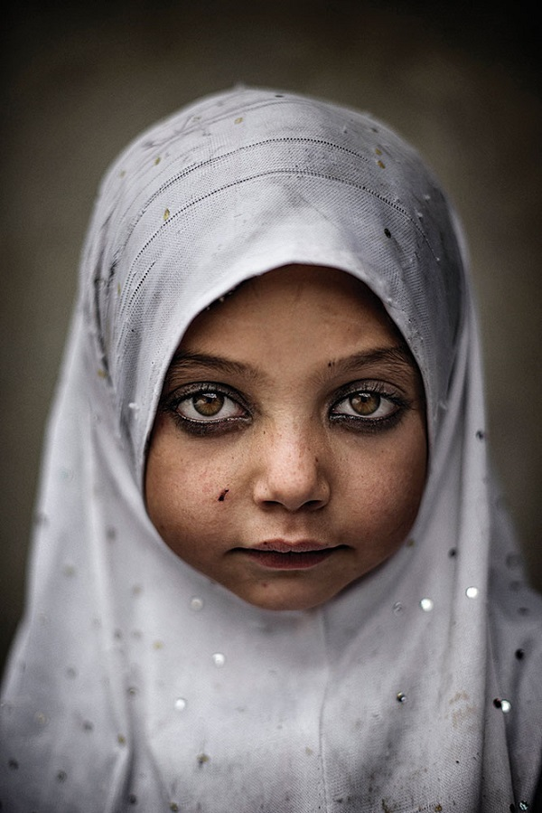 Andrea Francolini's portrait of a girl in the northern Pakistan village of Shitindas received a special mention.