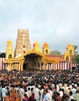 Sri Lanka travel: festival at the Kandasamy Kovil in Jaffna