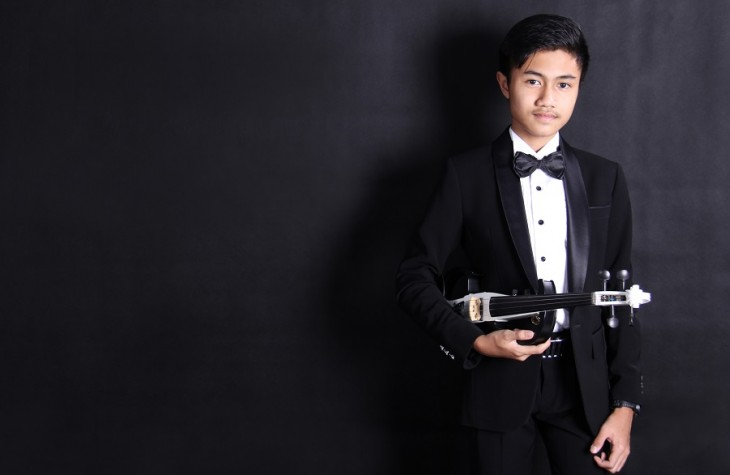 Fakhri Bagus Pratama was discovered and mentored by the late violin maestro Idris Sardi.