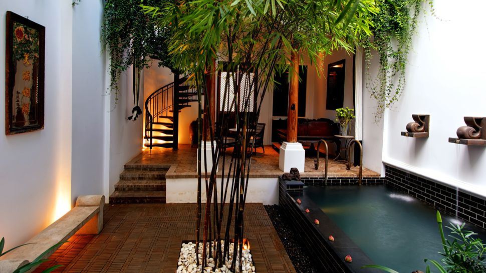 A Chinese Villa Courtyard at The Siam.