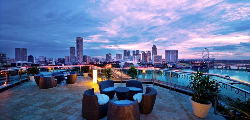 Fullerton Hotel Singapore Pool