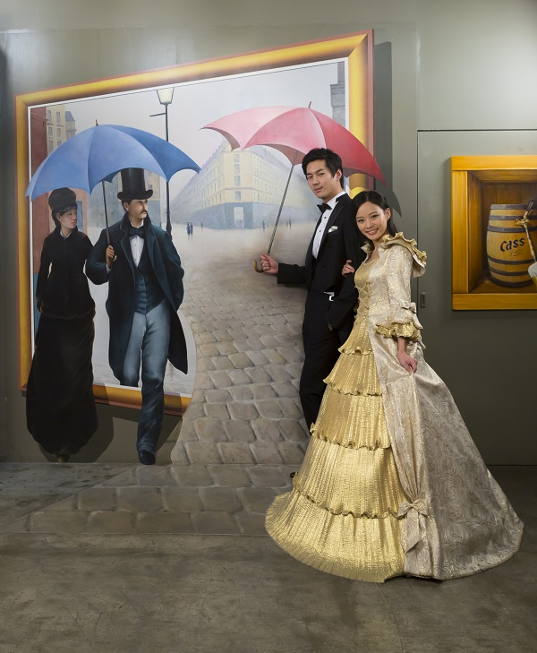 Illusive painting effects transport visitors to a rainy day in Paris.