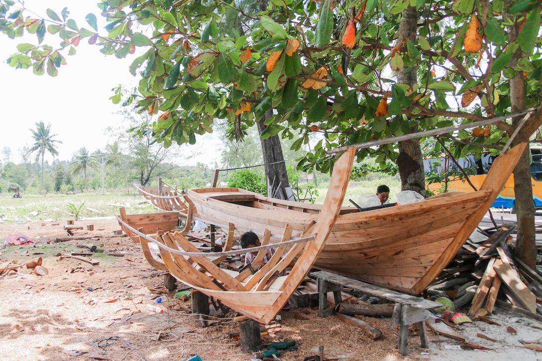 Trikora boatmaking