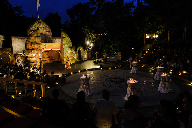 Image credit: Matt Oldfield. Media & Writers Night, Ayung Resort. (2013)