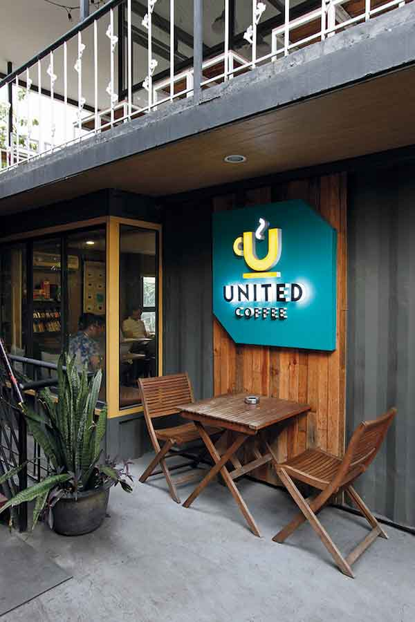 United Coffee. All photos by Vincent Coscolluela