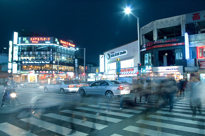 The busy intersection in front of Itaewon's Hamilton Hotel.