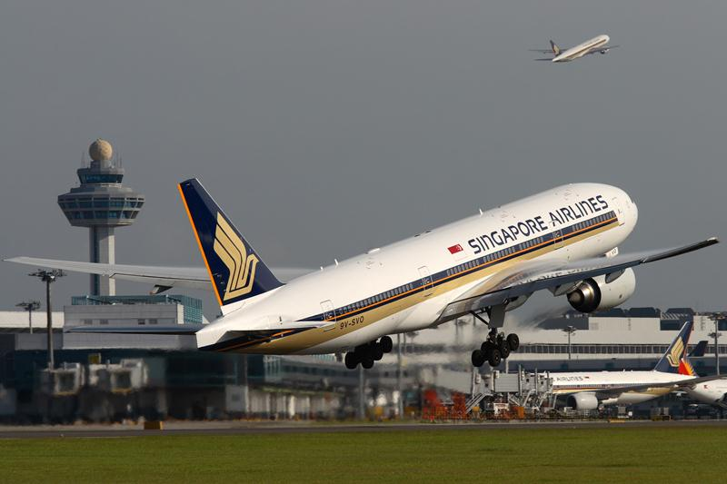 Singapore Airlines has announced it will fly to Athens from June to October in 2014.