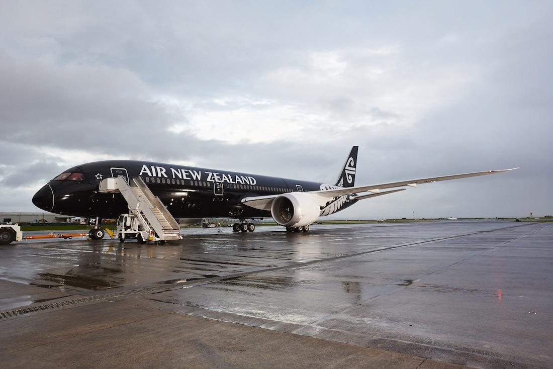 The Dreamliner arrives in New Zealand.