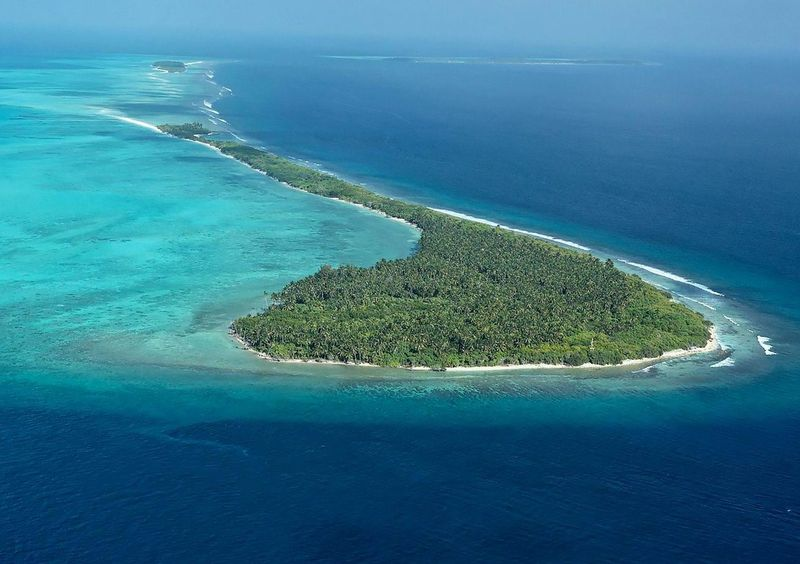 Located on the tip of the Lhaviyani Atoll, the resort has stunning sea views.