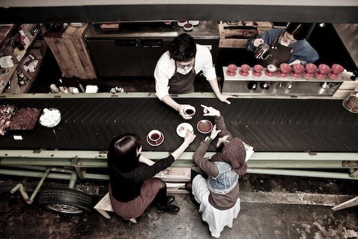 Seoul neighborhood guidedestinasian destinasian for Anthracite cafe