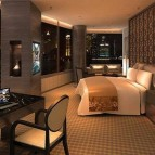 Rooms enjoy views of Lujiazui and the distinguished Bund Boulevard landmark.