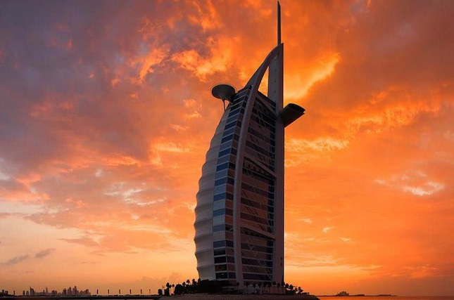 Burj Al Arab's iconic, sail-shaped architecture.