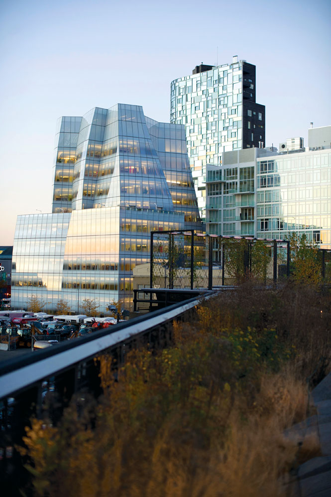 The Frank Gehry–designed IAC building, with Jean Nouvel's equally arresting condo tower behind it.
