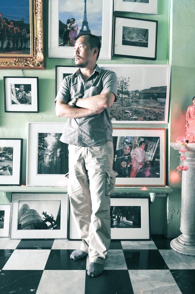 Manit Sriwanichpoom at his Kathmandu Photo Gallery.