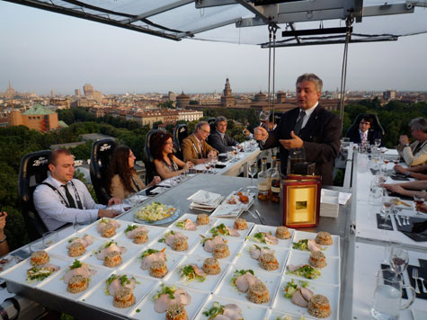 A toast at the Diageo Dinner in the Sky.