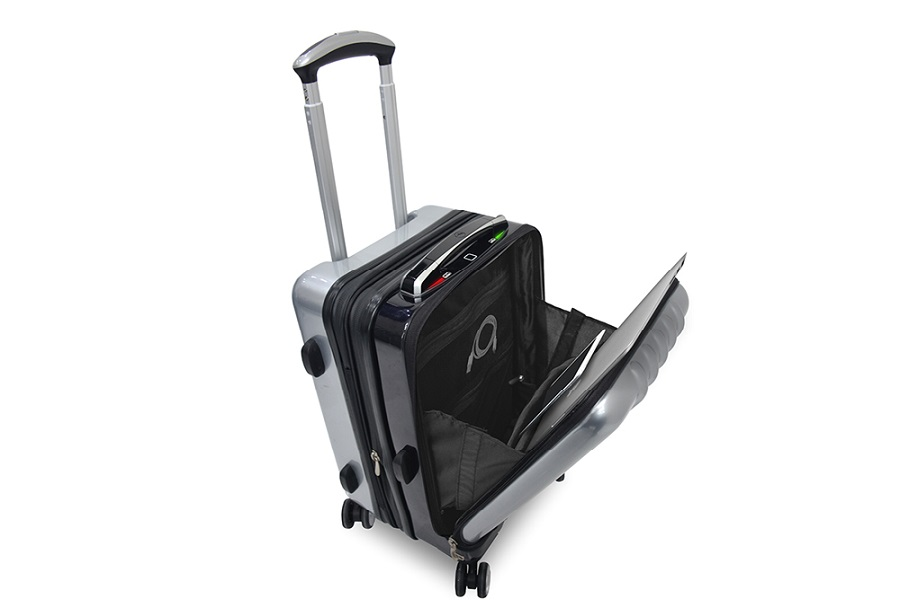 The Space Case 1 has a built-in laptop pocket to allow for easy removal through security check points.