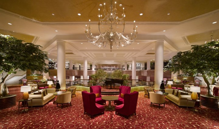Ring in the new year at the Fountain Lounge at the Grand Hyatt Jakarta.