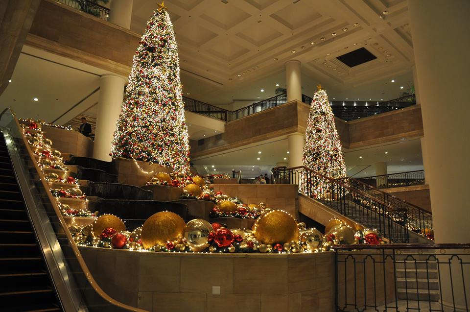 The Grand Hyatt Jakarta in the heart of the capital is bringing in a choir and Santa Claus for Christmas.