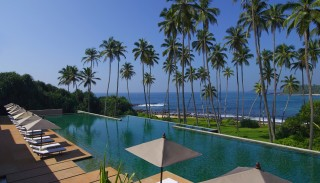 A view of Amanwella's inviting infinity pool