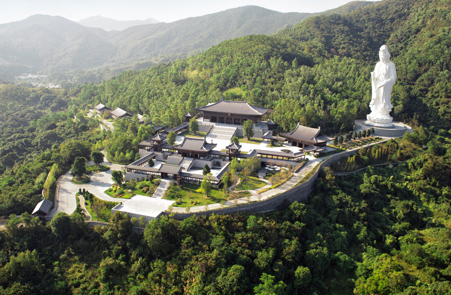 Tsz Shan Monastery and its towering Goddess of Mercy statue.