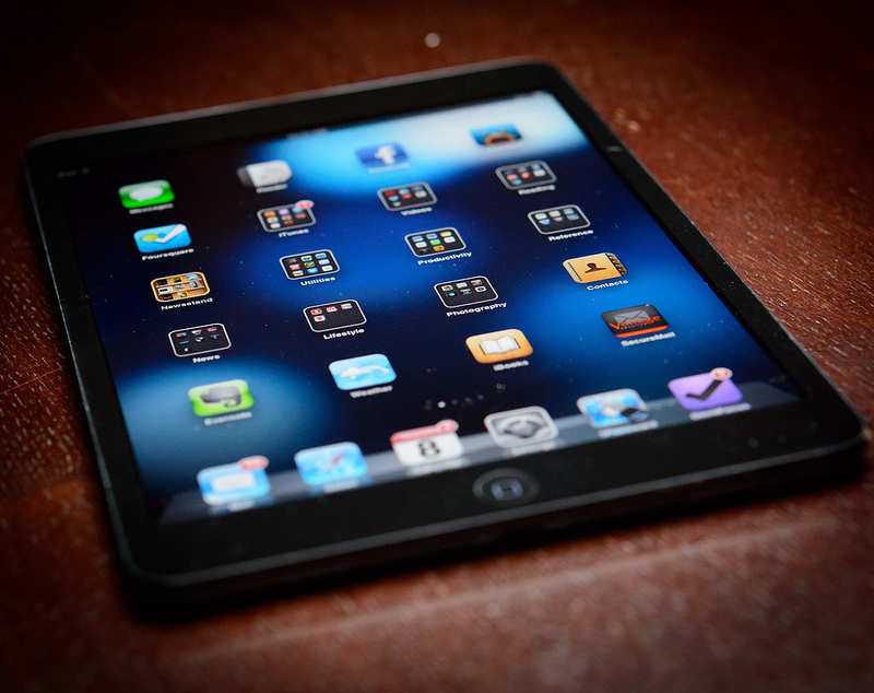 iPad minis to be offered aboard Hawaiian Air B767 planes. Photo by Scott Hill