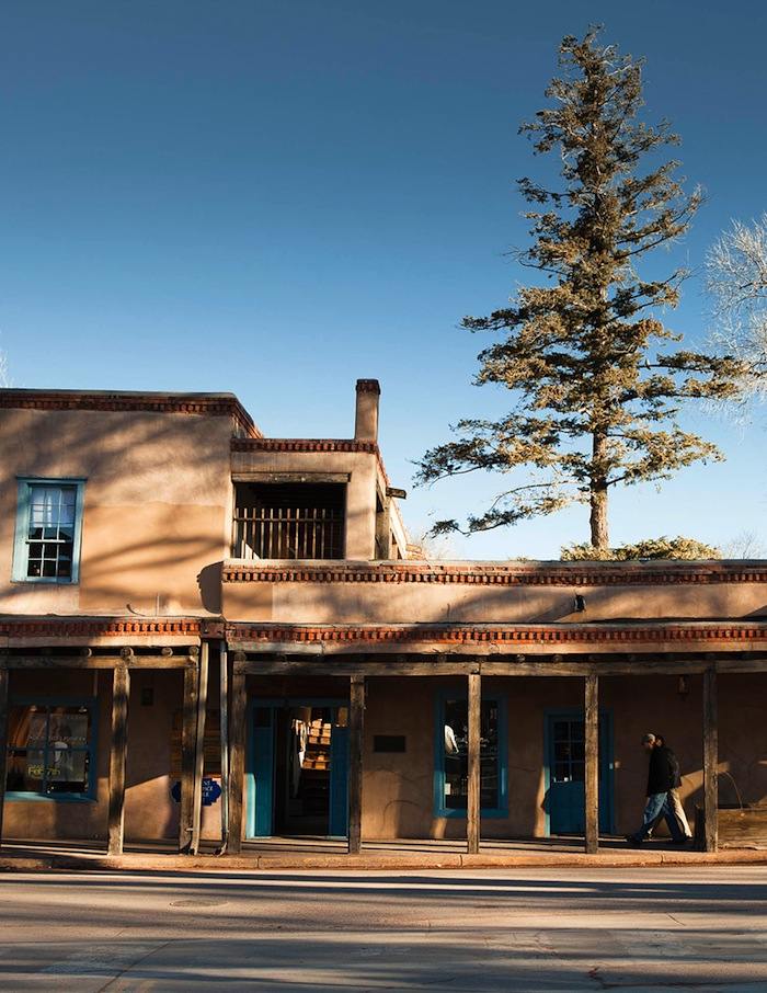 Galleries and cafes occupy old adobe buildings on Palace Avenue.