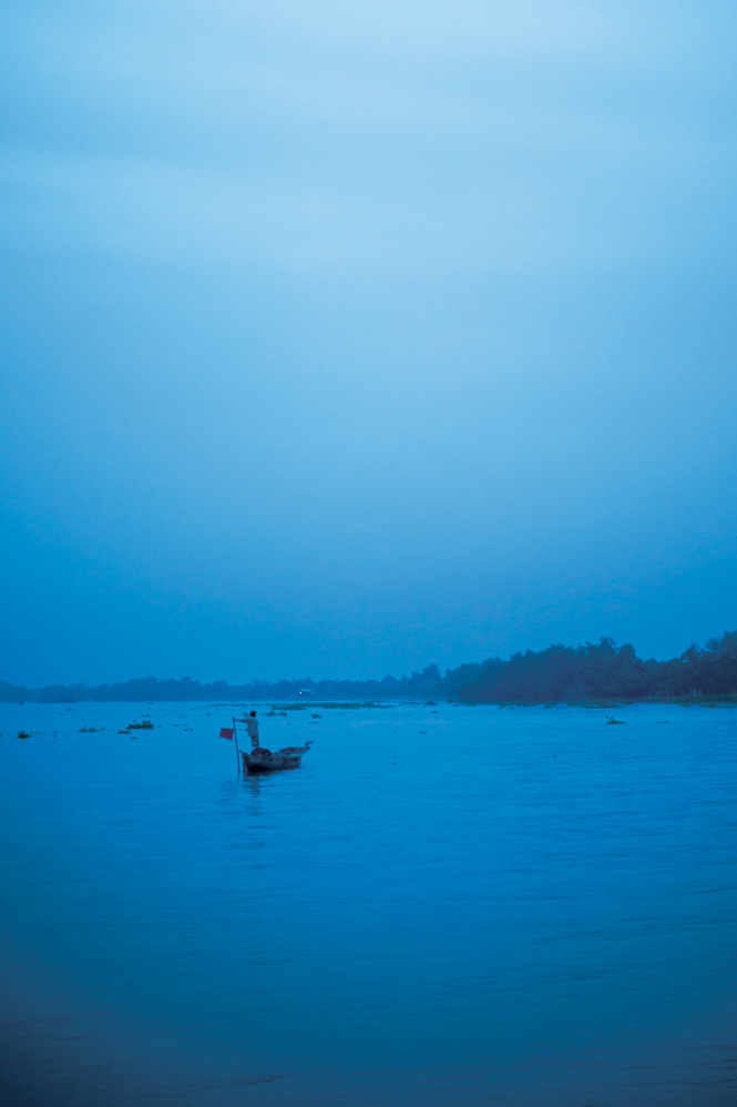 Early morning on the Mekong.