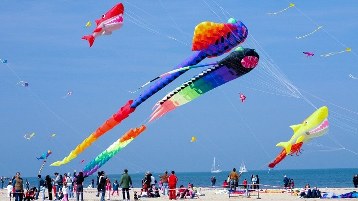 Guests staying in the resort for the weekend, will receive a complimentary kite-making kit.