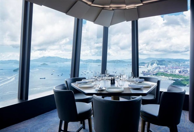 Now that's dining with a view.