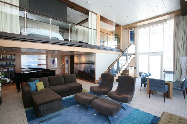 The Royal Suite of Oasis of the Seas. Photos are courtesy of Royal Caribbean.