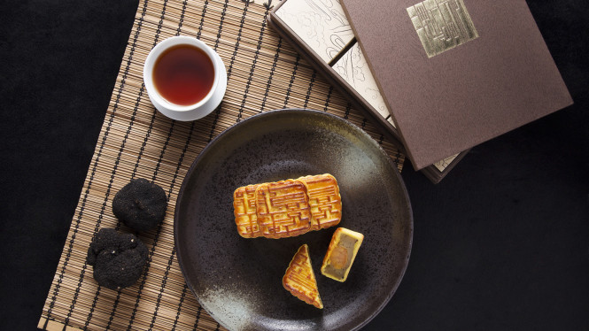 The Four Season's truffle mooncakes